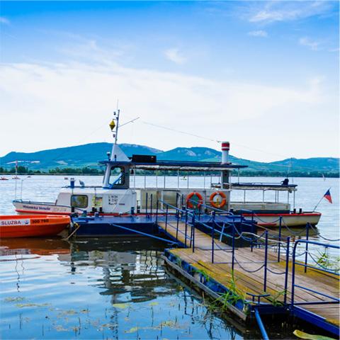 Vyhlídkové okružní plavby lodí po Mušovské nádrži