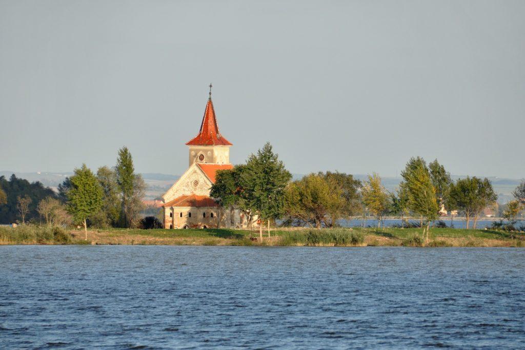 Kostel sv. Linharta